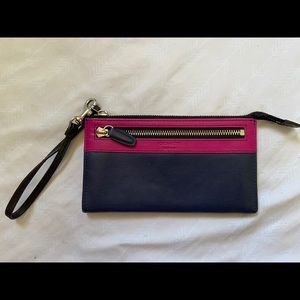 AUTHENTIC COACH WALLET/WRISTLET